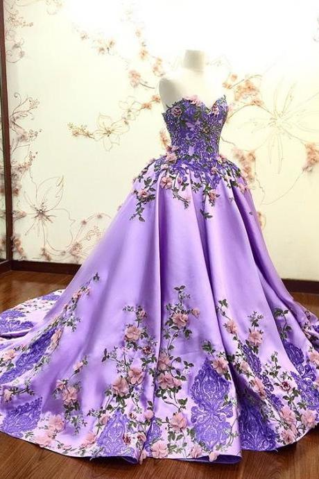 Modest Lace Ball Gown Sweetheart Long Prom Dresses